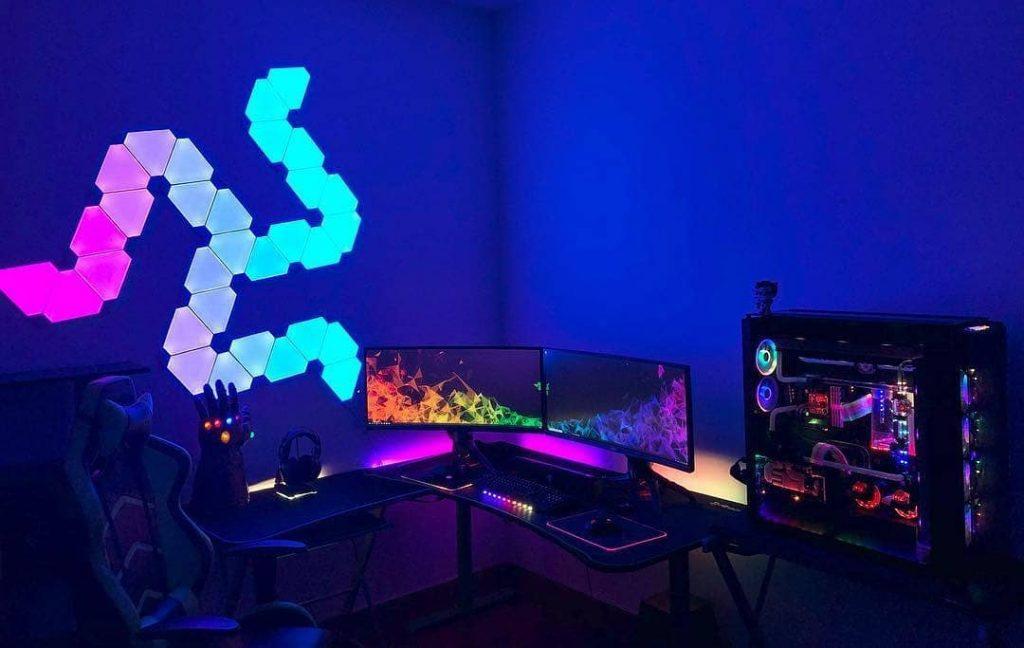 habitacion gamer azul oscuro