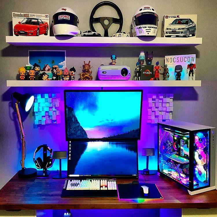 habitacion gamer con 2 monitores